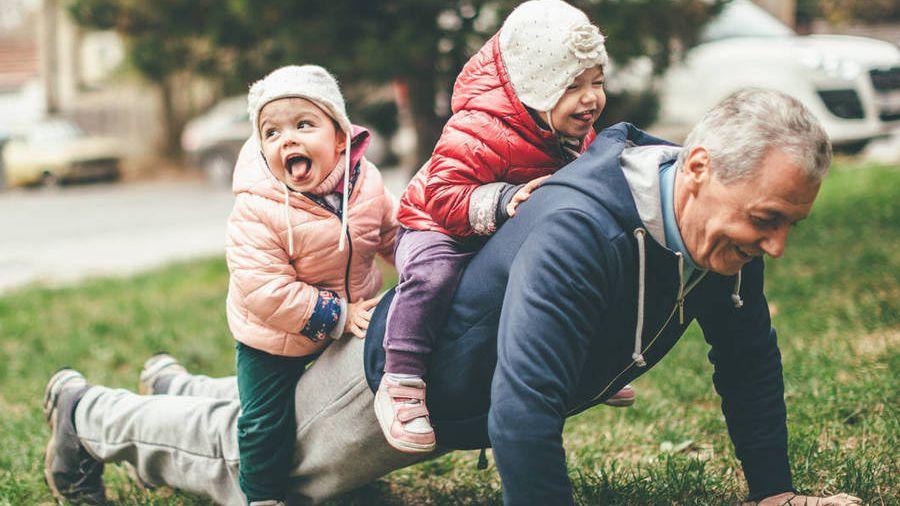 Si quieres llegar a viejo sano este es el ejercicio físico que debes hacer