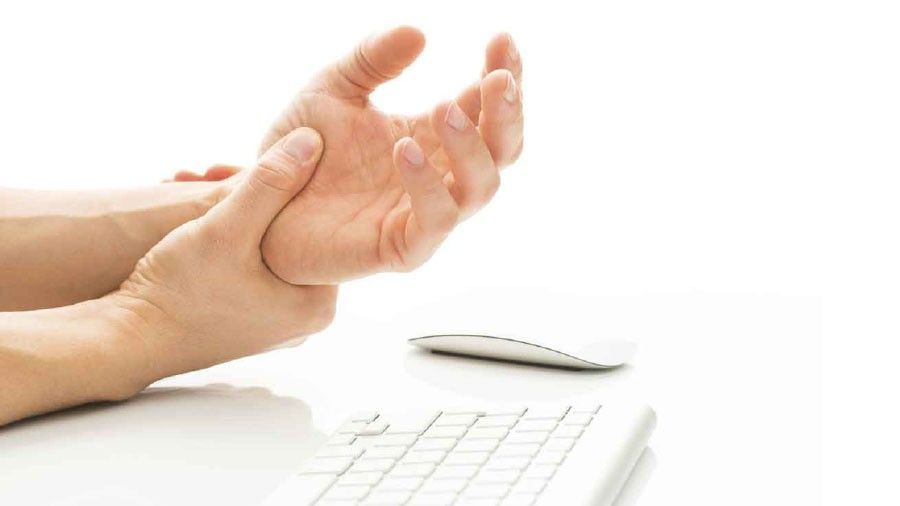 Siete razones de cosquilleo en las manos y los pies