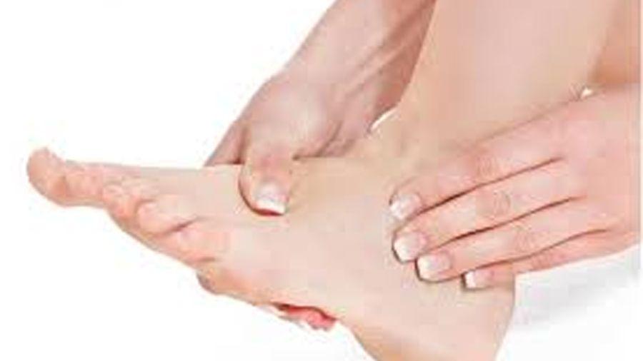 Razones por las que tienes pies hinchados
