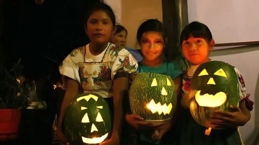 En este dia de muertos y halloween, cuida el consumo de dulces de tus hijos.