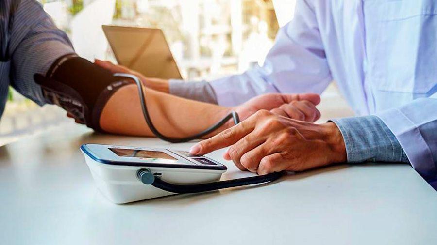 7 consejos para bajar la presión arterial alta